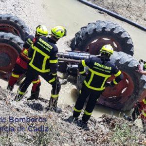Mueren dos jóvenes agricultores de 32 y 38 años tras volcar sus tractores