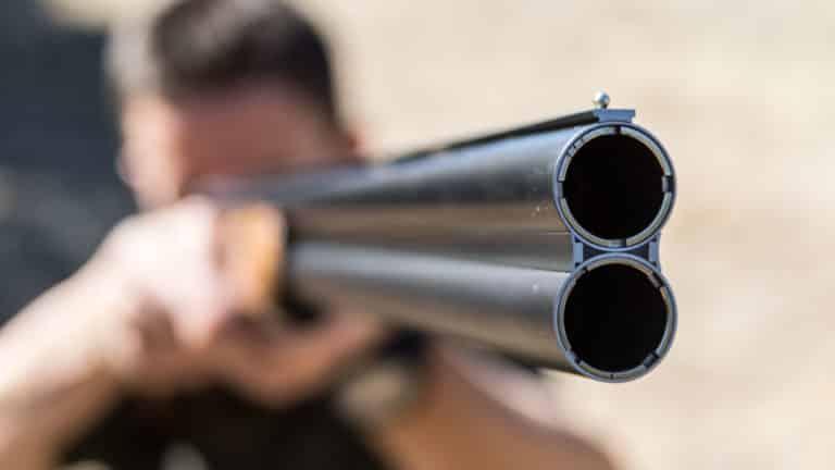 La Guardia Civil alerta de un nuevo engaño para robar las armas de los cazadores.