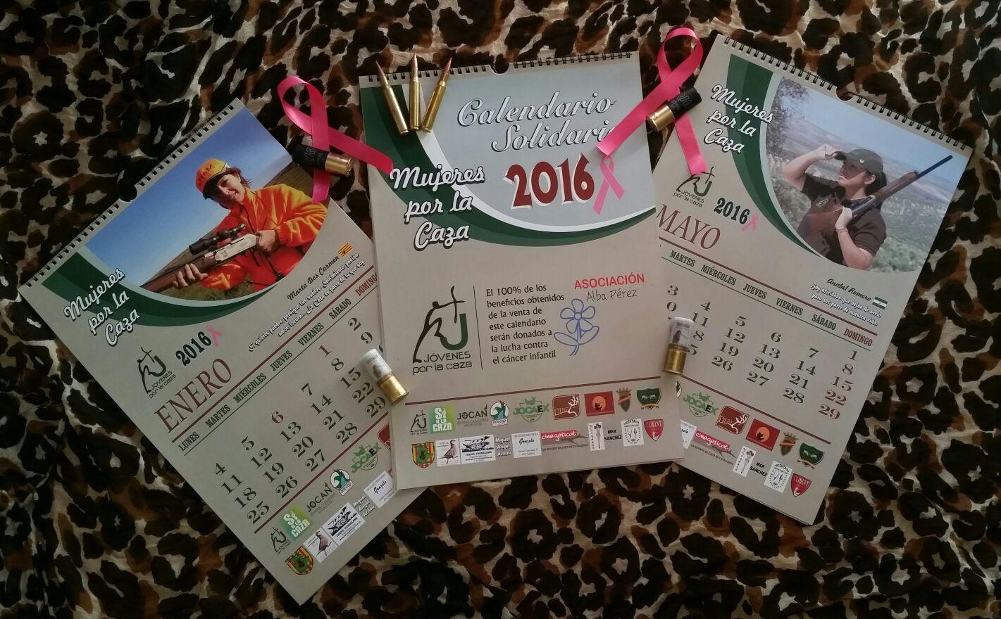 Mujeres cazadoras editan un calendario para ayudar en la lucha contra el cáncer infantil