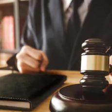 Artemisan y la Federación se querellan contra los jueces que paralizaron la caza en Castilla y León