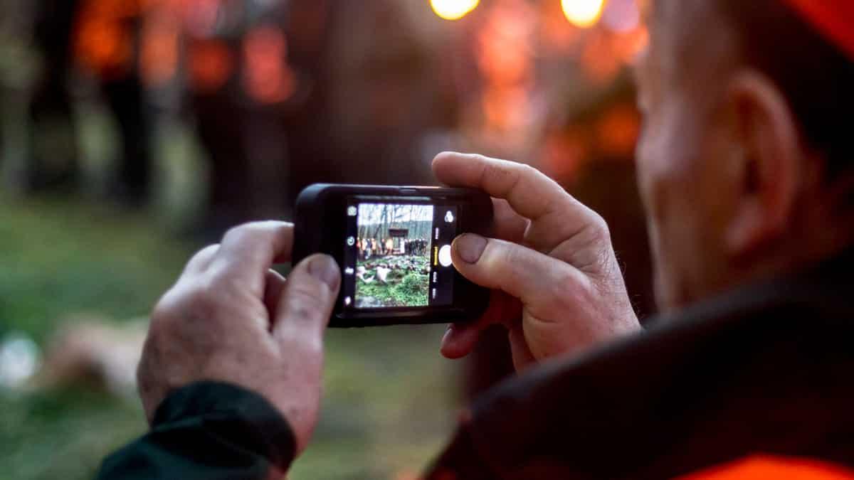 Por primera vez, Cantabria prohíbe a los cazadores fotografiarse con las piezas abatidas