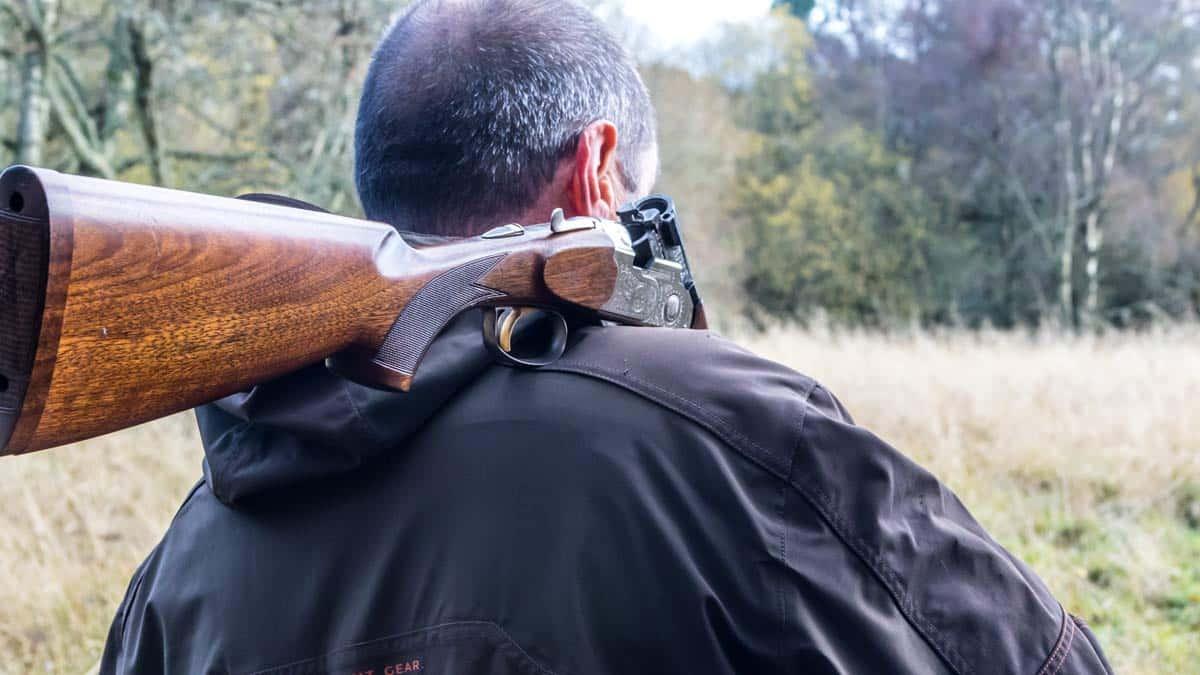 Absuelto el cazador denunciado por disparar a varias animalistas en Galicia: todo era mentira