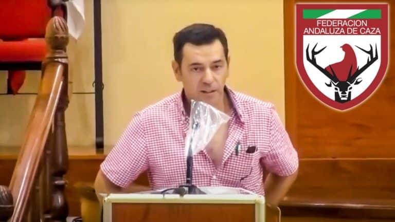 El agricultor y cazador, durante su intervención. / YouTube