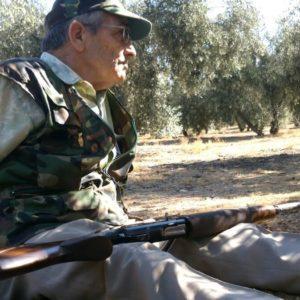 Francisco Morales, el héroe que ha librado cinco batallas contra el cáncer con la caza como terapia