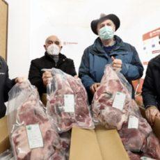 Animalistas critican que los cazadores donen carne de caza a familias necesitadas
