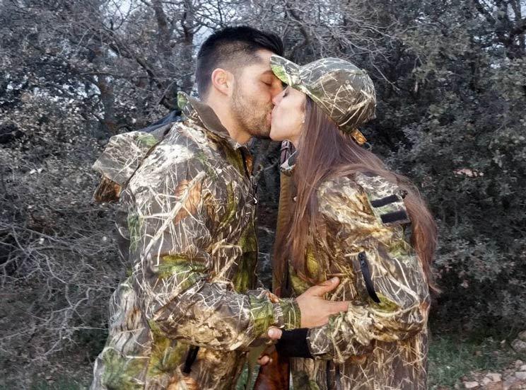 Consejos para que tu pareja te acompañe de caza (más de una vez)