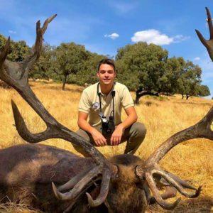 Caza este extraordinario ciervo de 19 puntas tras horas de duro rececho
