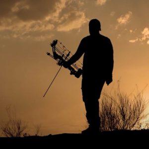 Flechas, sigilo y paciencia: así de mágica es la caza de conejos con arco