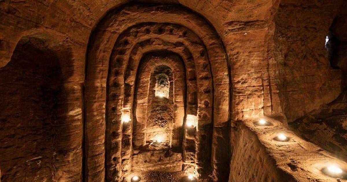 cueva templaria en madriguera de conejos