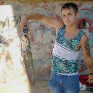 Saltan las alarmas: un joven pesca un siluro en el río Pisuerga