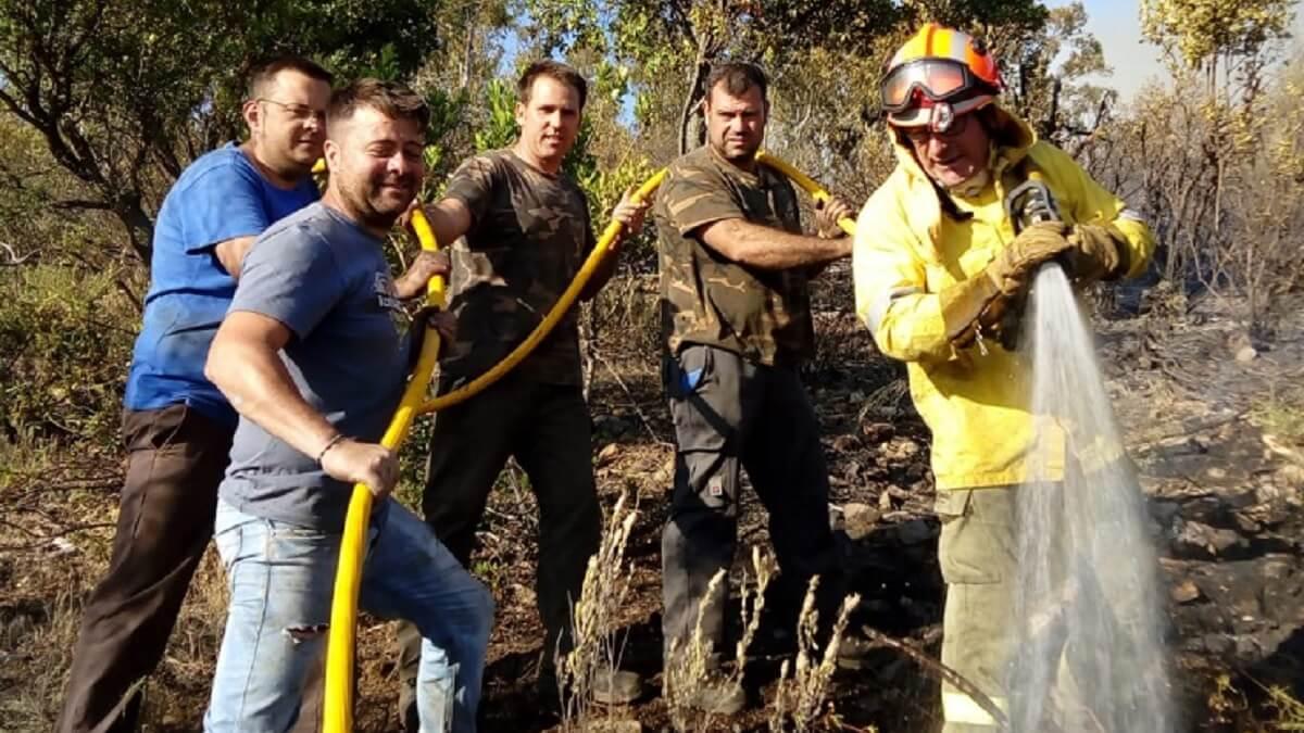 Una web ecologista considera «de chiste» que los cazadores trabajen contra los incendios forestales