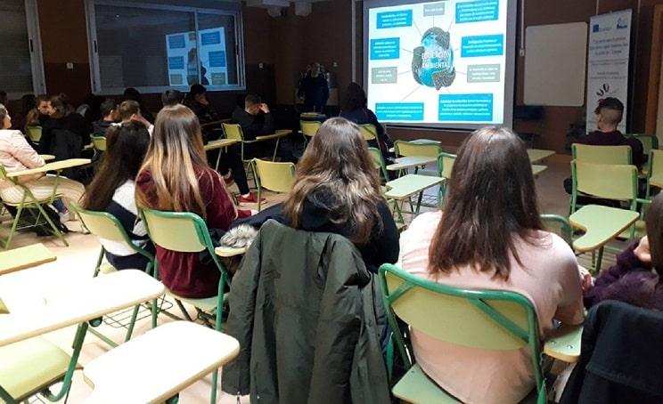 Ecologistas en Acción da charlas en clases mientras critica las de los cazadores