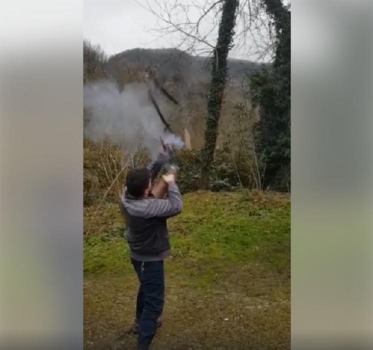 escopeta explota