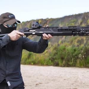 Inventan una escopeta que graba y emite en directo la jornada de caza