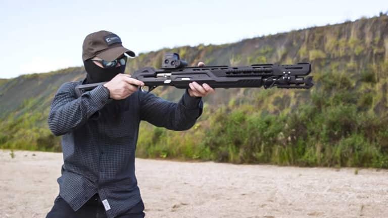 La escopeta Kaláshnikov MP-155.