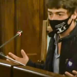 Demoledor discurso de un joven de un pueblo azotado por los ataques de lobo: «Esto se está yendo de las manos»
