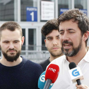 Así manipula las redes el entorno de Podemos para acabar con la caza