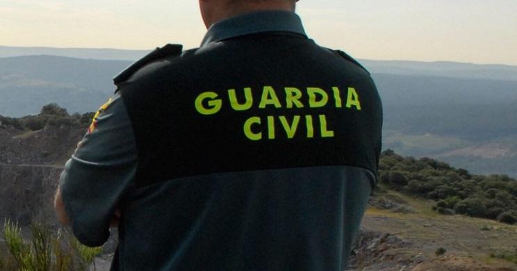 guardia civil investiga joven precintos cabra sierra nevada
