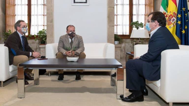 José Mª Gallardo, Mauel Gallardo y Guillermo Fernández-Vara. © RFEC