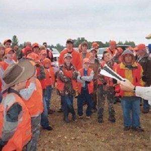 Varios colegios impartirán clases de seguridad en la caza a escolares en EEUU