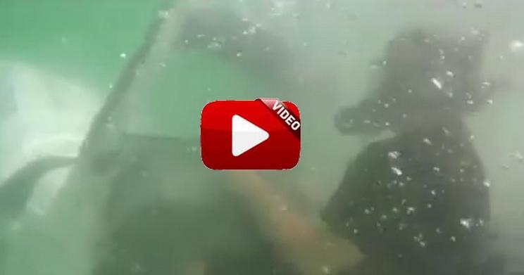 ¿Habías visto un todoterreno 'submarino'?