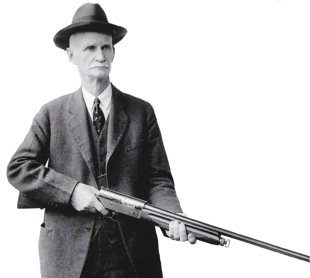 John Moses Browning, el gran inventor de armas y creador de la Auto 5.