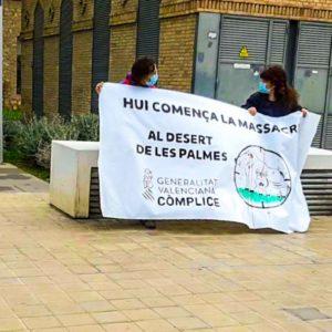 Organizan una protesta contra la caza del jabalí en Valencia y solo van dos personas