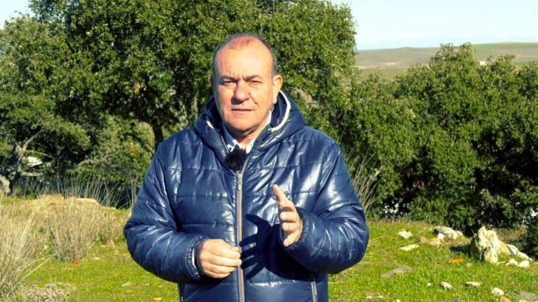 Manuel Gallardo, en el vídeo de su candidatura a la presidencia de la RFEC. ©Twitter