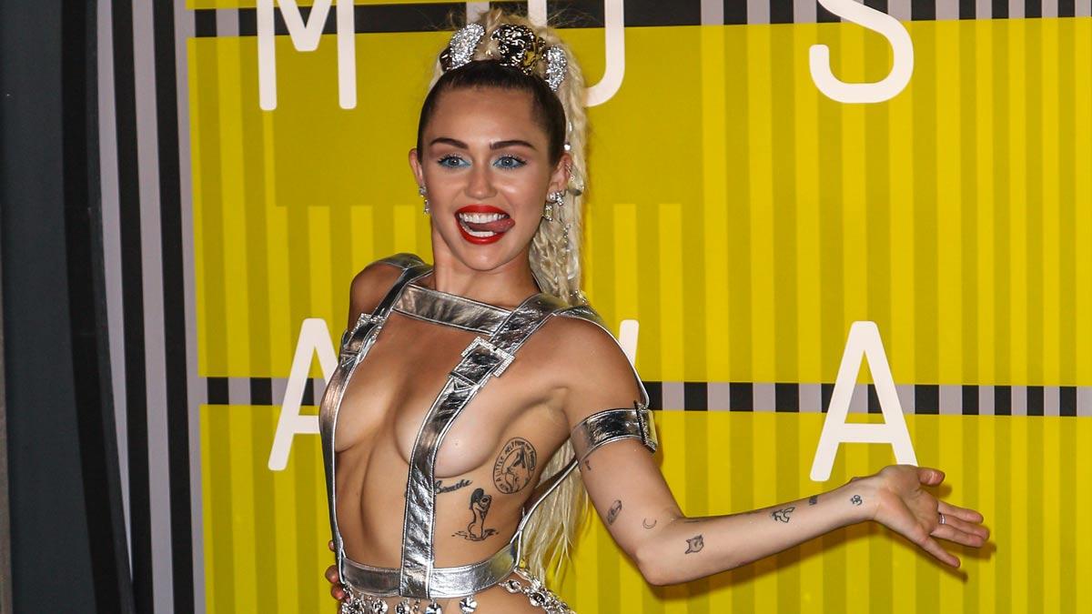 Miley Cyrus abandona la dieta vegana porque «el cerebro no funcionaba bien»