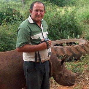 Muere Johnny Rodrigues, el naturalista que denunció la muerte del león 'Cecil'
