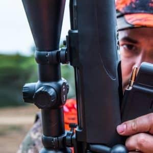 Ocho normas de seguridad que se deben cumplir en monterías y batidas de caza mayor