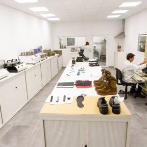 Chiruca estrena un laboratorio de vanguardia que garantiza la calidad de sus productos