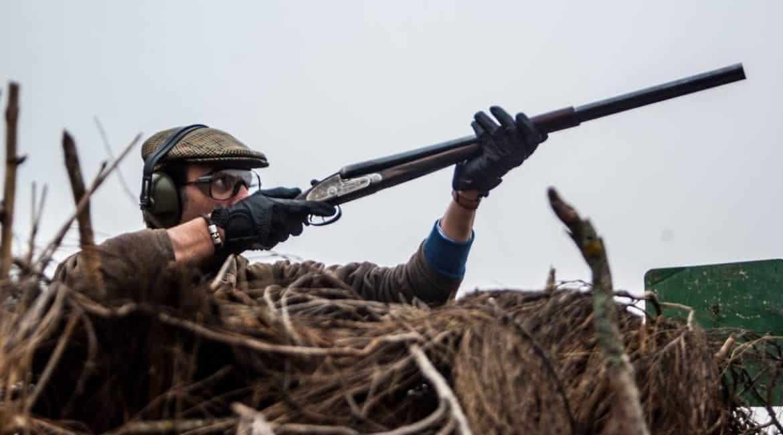 La Guardia Civil aclara el procedimiento que deben seguir los cazadores británicos en España