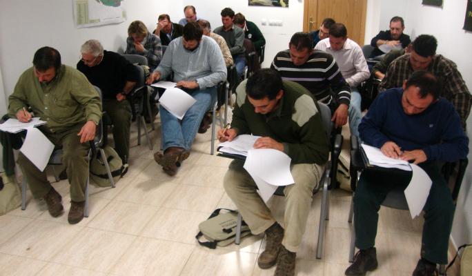 Aproca organiza un curso para obtener la titulación de guarda rural o de caza
