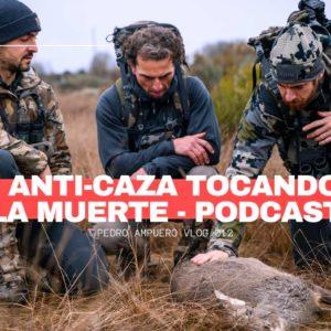 Pedro Ampuero lleva a dos anticaza a recechar un ciervo y un corzo y graba sus impresiones