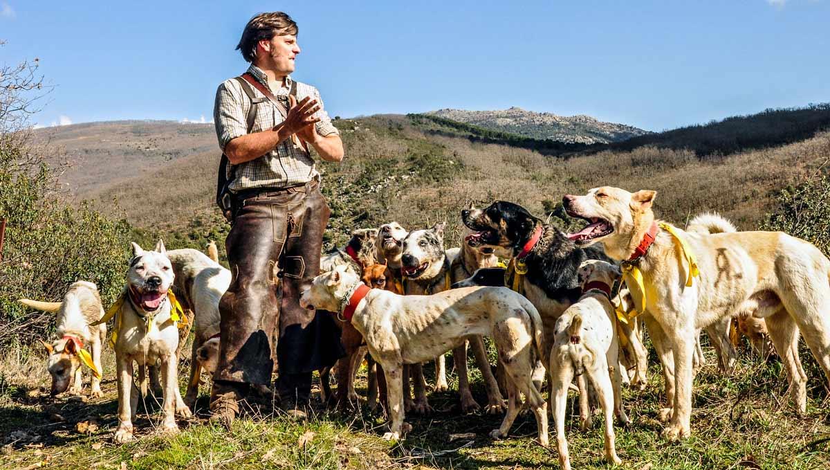 Agricultura flexibilizará las obligaciones a los perros peligrosos usados para caza, guardia y manejo del ganado