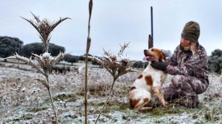 El frío es uno de tus peores enemigos cuando vas de caza. © Innova Ediciones