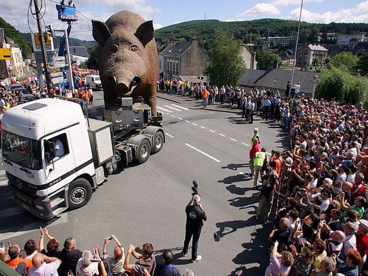 Así es el 'jabalí' más grande del mundo